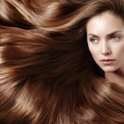 عواملی باعث سفید شدن موی سر می شوند