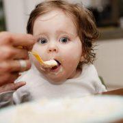 آلرژی به شیر و گوشت گاو در کودکان شیرخوار