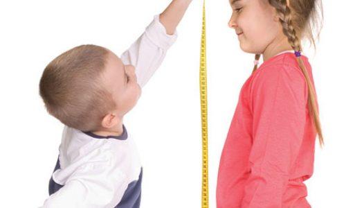 دلایلی كه باعث كندى رشد بچه ها و كوتاه قدى آنان مىشوند