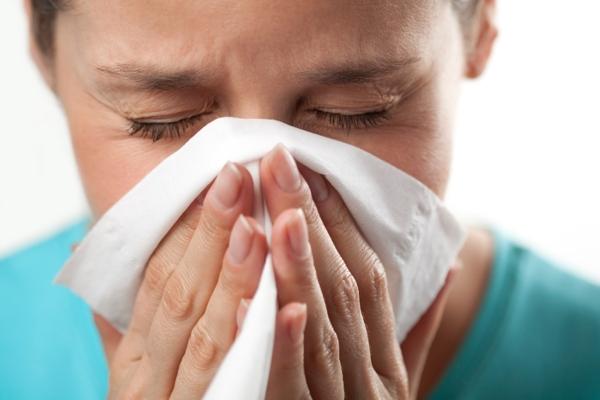 چگونه سرماخوردگی را بدون دارو درمان کنیم